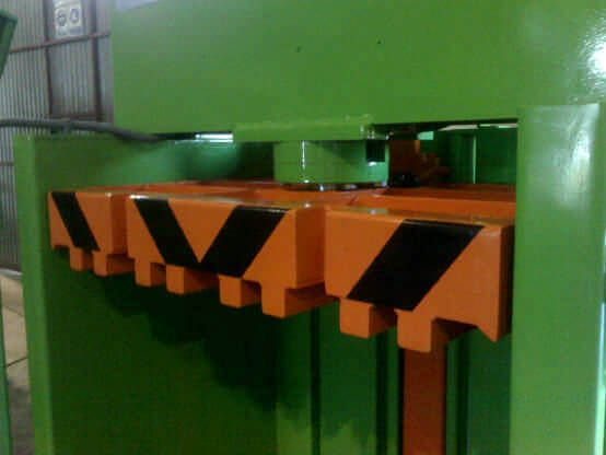 Prensa vertical hidráulica VP-20