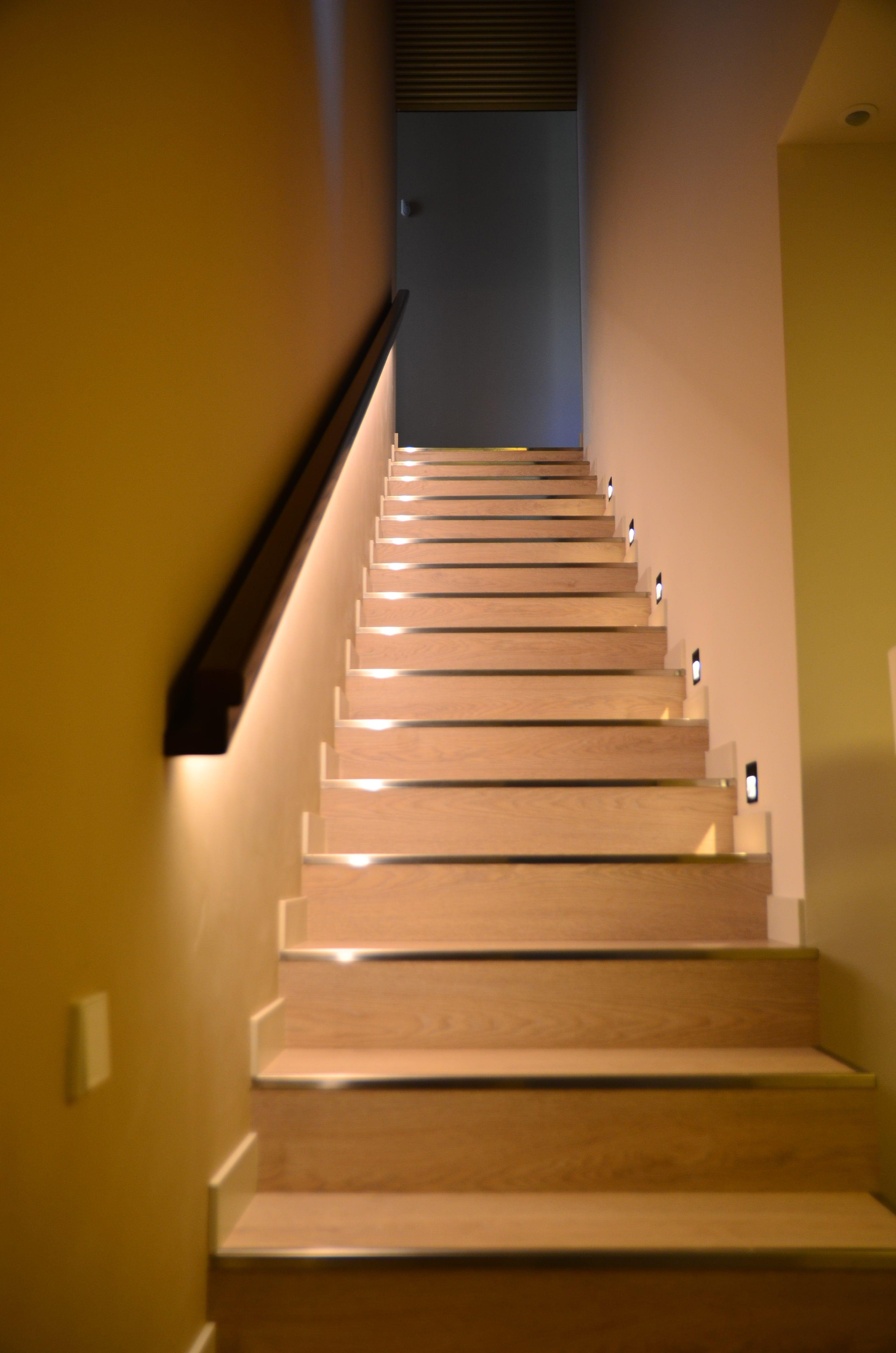 Iluminación vivienda Inel