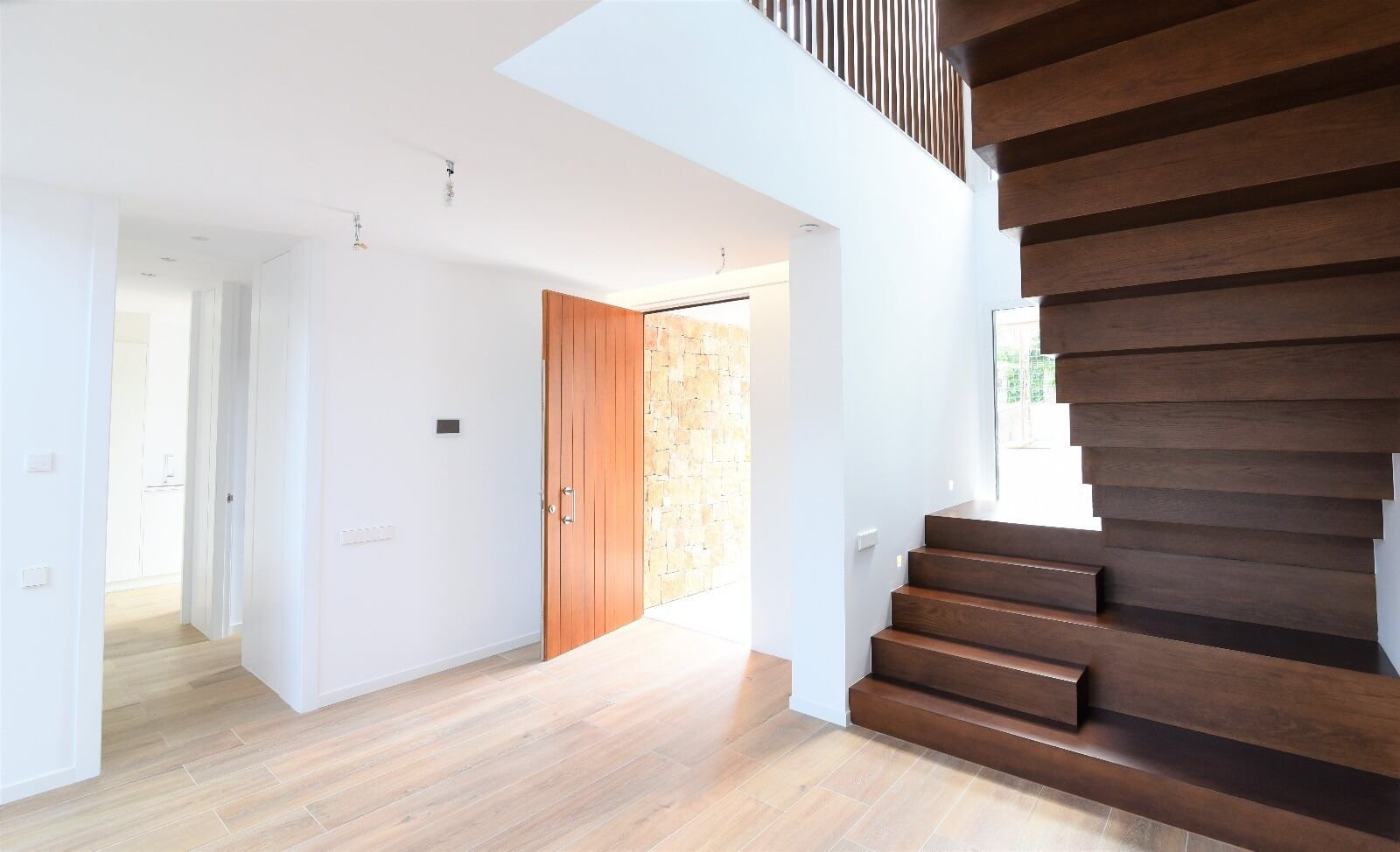 Instalacion domotica control vivienda modular smart Inel