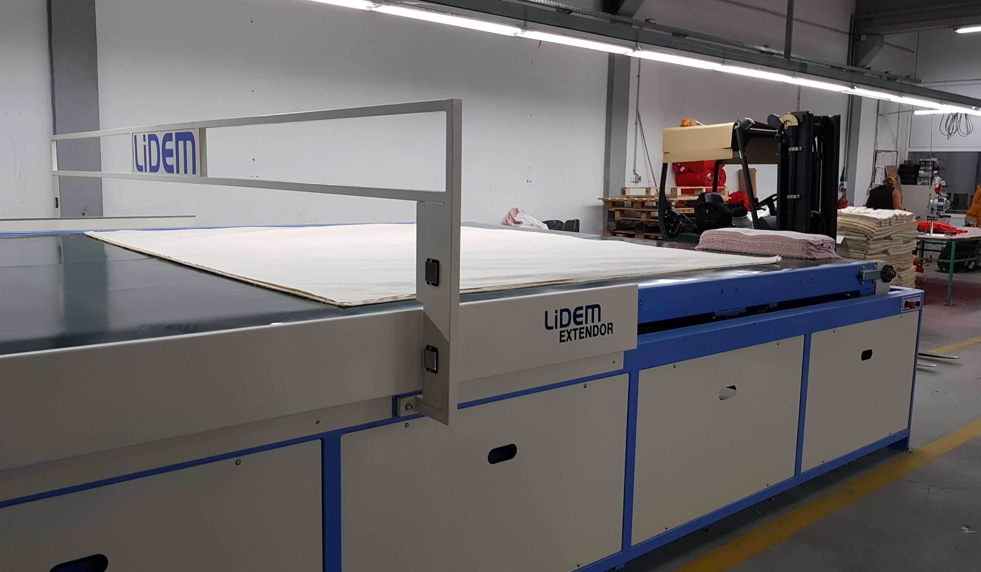 Montaje cuadro eléctrico y programación máquina - Inel