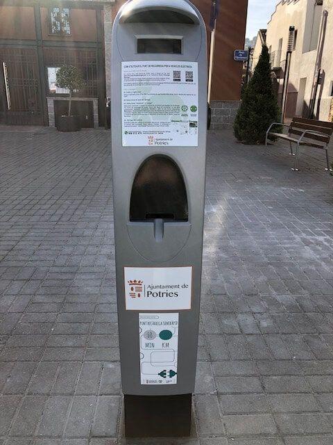 Poste recarga eléctrico Potries - Inel